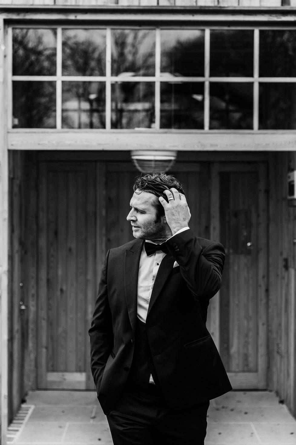 groom portrait.jpg