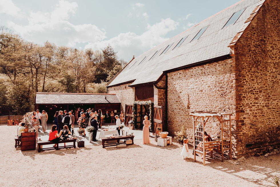 hampshire-wedding-photographer-e&b-354.j