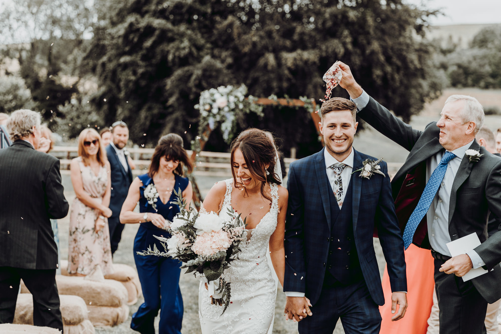 hampshire-wedding-photographer-s&j-375.j