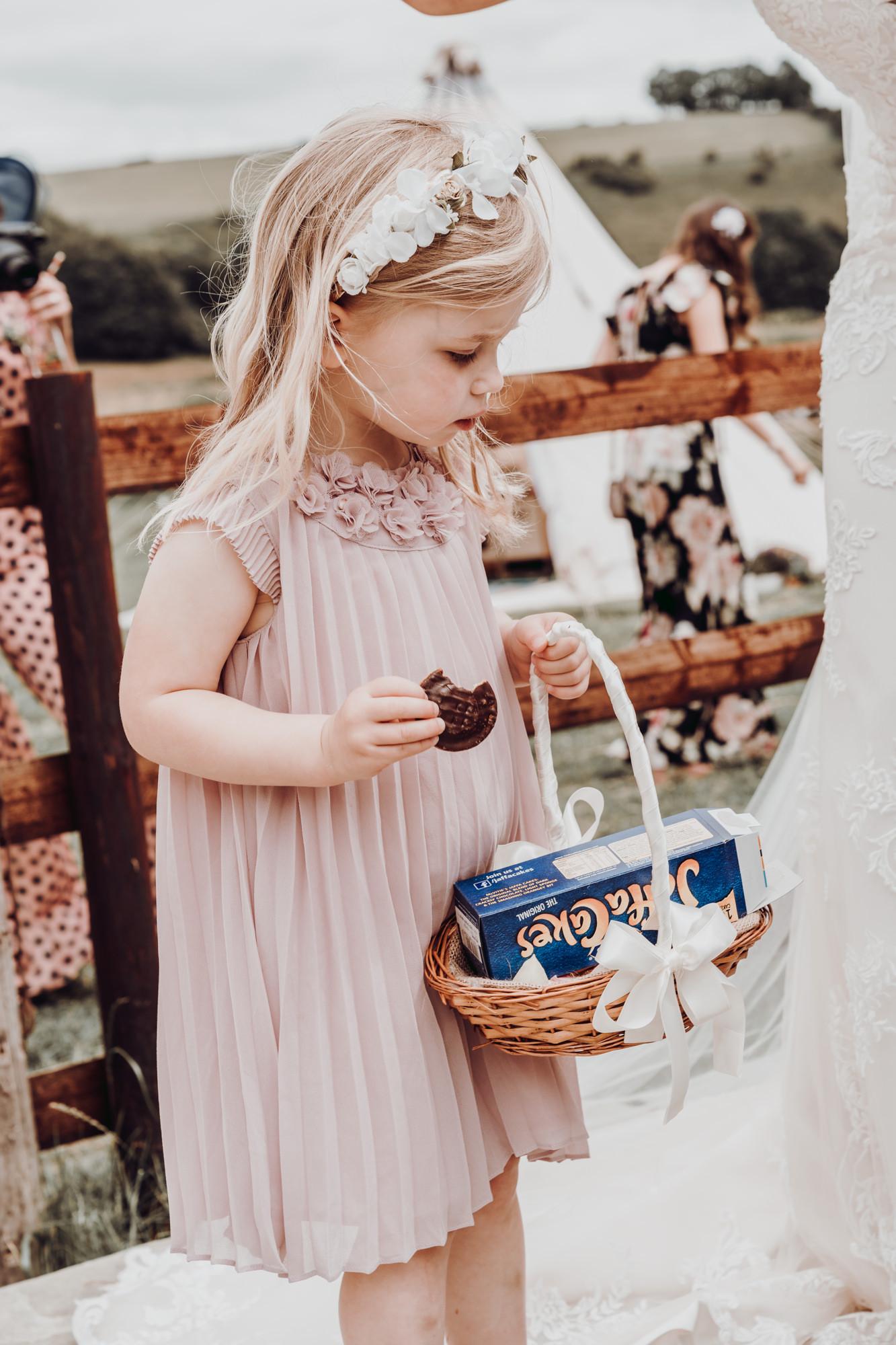 hampshire-wedding-photographer-s&j-430.j