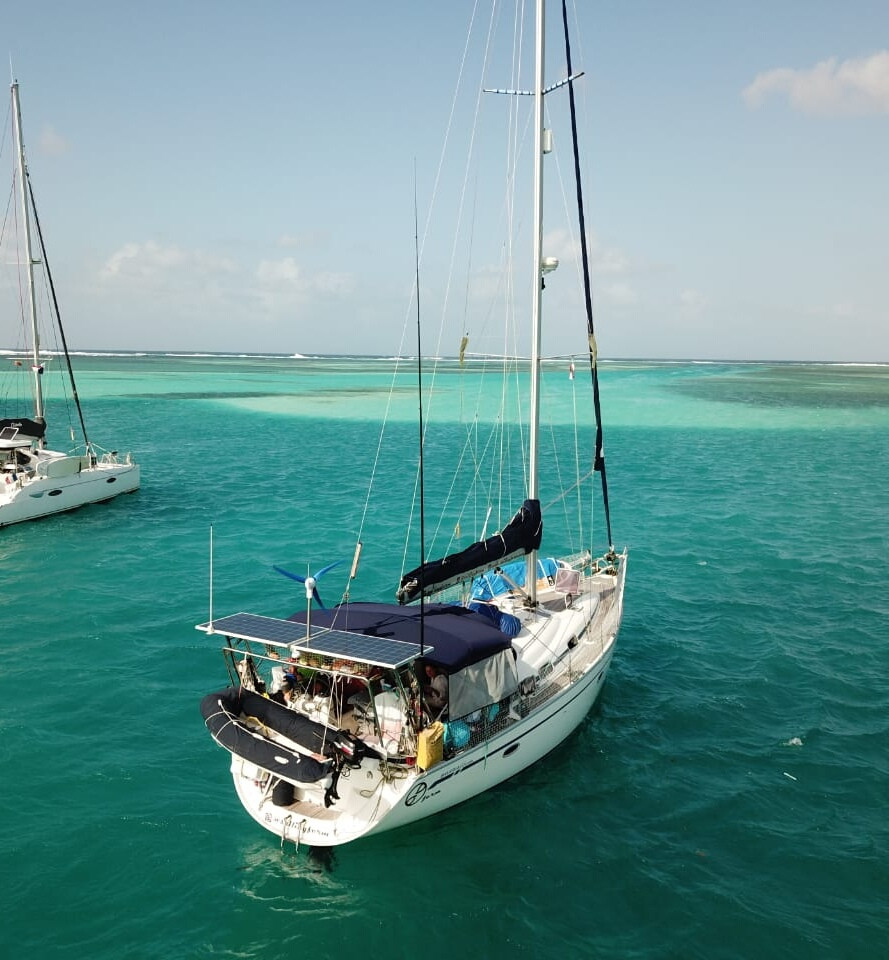 Sailing boat bavaria 42 islands san blas