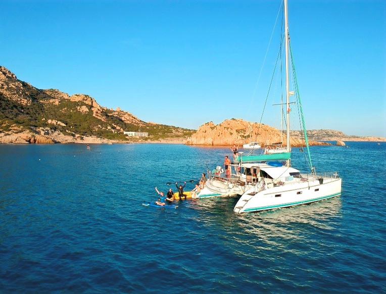 sailing boat cruise.jpg
