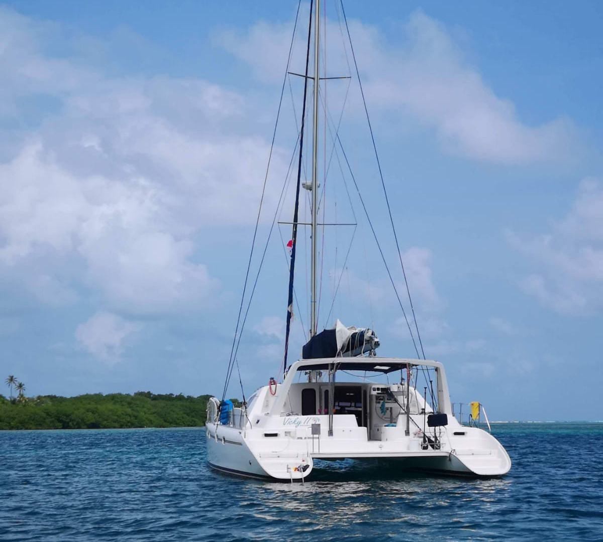 Stay Panama catamaran Leopard 47 2001