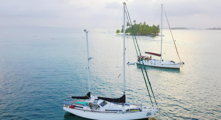 Vue drone voilier Amel Maramu 46 Panama