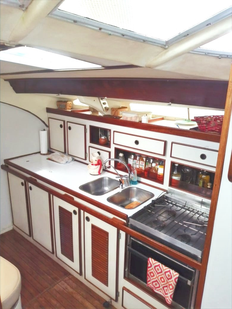kitchen sailing san blas.jpg