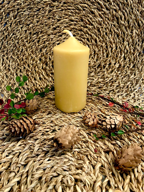 Small Pilar Beeswax Candle
