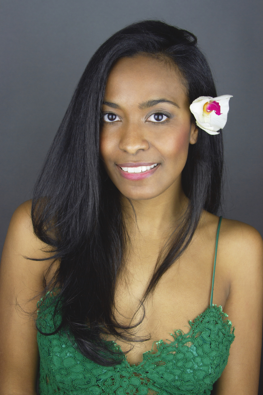 island girl headshot