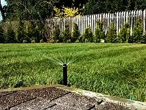 Nawadnianie trawnika instalacja -zakładanie i pielęgnacja ogrodów - Tru Garden Wiązowna