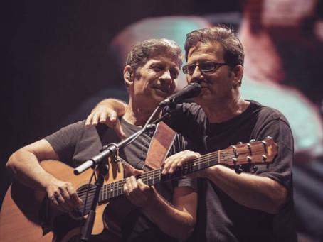 Αδέσποτη Ζωή: Νέο τραγούδι από τους Θανάση Παπακωνσταντίνου & Σωκράτη Μάλαμα