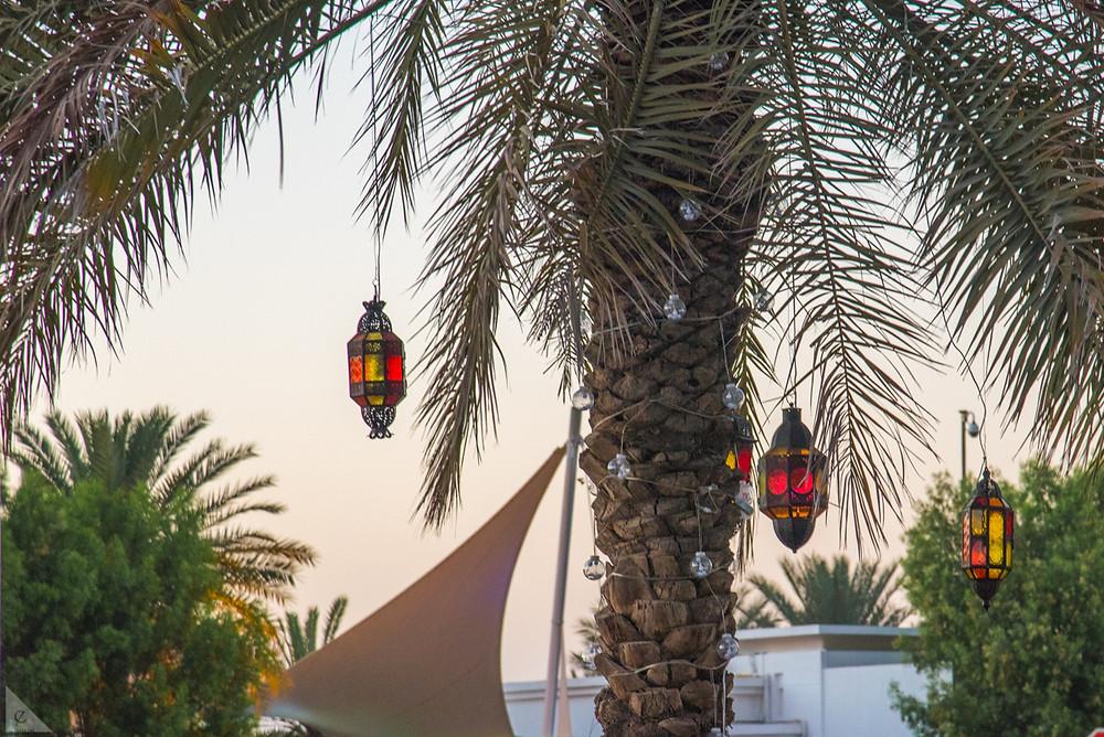 Decoration, Arabian, lanterns, palm tree, date palm, Abu Dhabi, United Arab Emirates, Corniche Street, walk