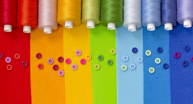 Multicolored sewing thread and buttons c