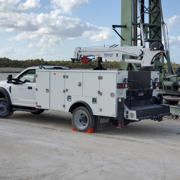 Mechanics Truck B4 Compressor