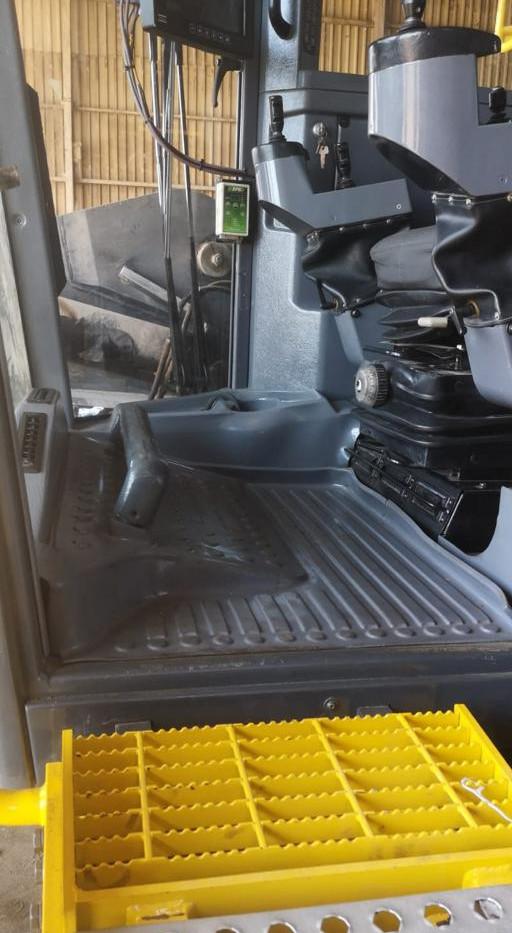 D65 SMARTROC LF CAB