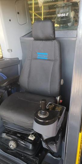 D65-10LF CAB (5).jpeg