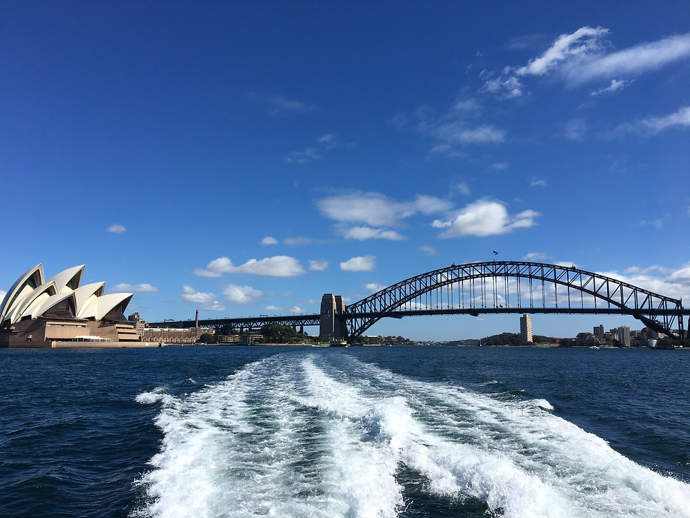 Sydney harbor ferry sydney opera house sydney bay bridge