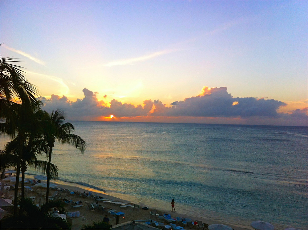 Amazing Sunset Seven Mile Beach Grand Cayman, The Traveling Locals