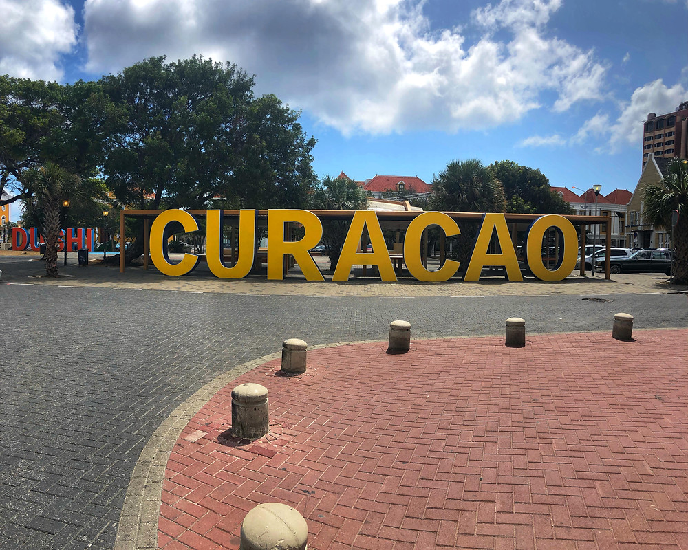 Curacao welcome sign willemstad