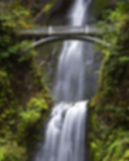 Multnomah Falls In The Columbia River Go