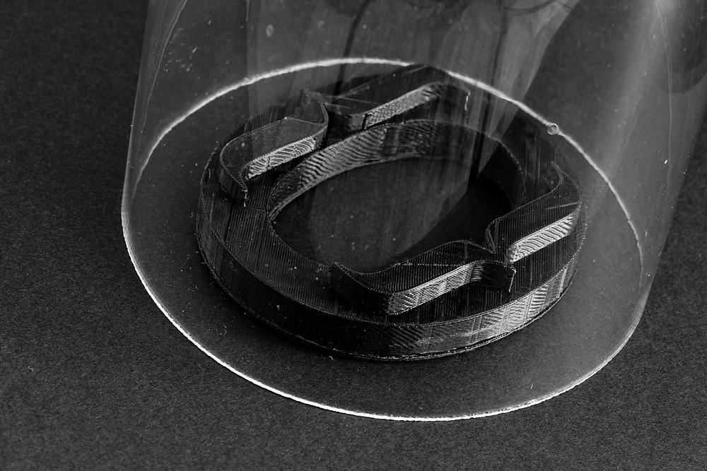 L'ensemble vide sous globe imprimé 3D en PLA