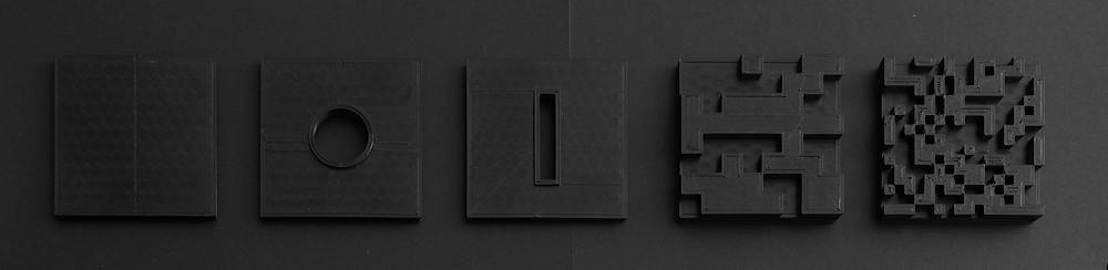 La série code brut, matière de « l'immatériel », matérialité entre permanence et fugacité (impressions 3D)