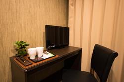 701号室デスク_homepage