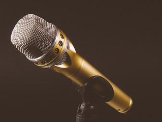 איך המנטורים ב-The Voice מצליחים בכלל לקבל החלטה?