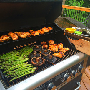 Grilled Chicken w/ Asparagus and Mushrooms