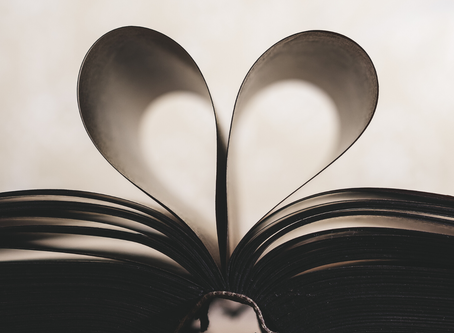 15 Bookish Gifts for Valentine's Day