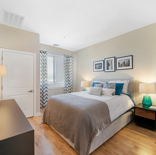 BEDROOM  HOM PHOTOGRAPHY  Real Estate & Commercial P h o t o g r a p h y
