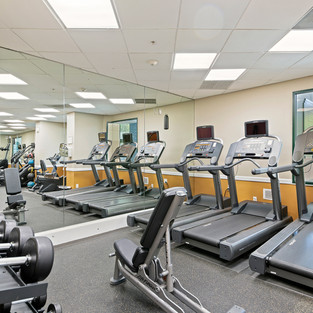 FITNESS CENTER  HOM PHOTOGRAPHY  Real Estate & Commercial P h o t o g r a p h y