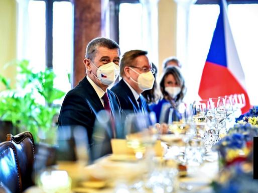 CZECH REPUBLIC EXPELS 18 RUSSIAN DIPLOMATS OVER 2014 BOMBINGS