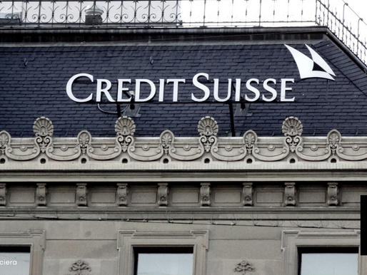 CREDIT SUISSE TRIES TO STOP EXECS FROM LEAVING SCANDAL-RIDDEN BANK