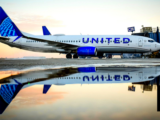 UNITED AIRLINES POSTS $1.36B LOSS IN 1ST QUARTER