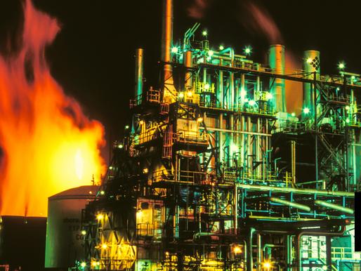 Despite U.S. Sanctions, Iran, Venezuela Cut Oil Export Deal