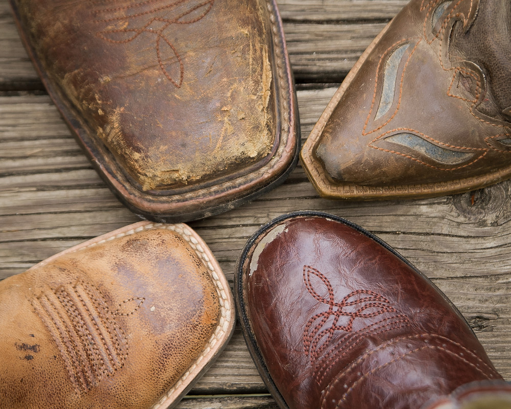 Four Star: Family's boots toe to toe in a star formation