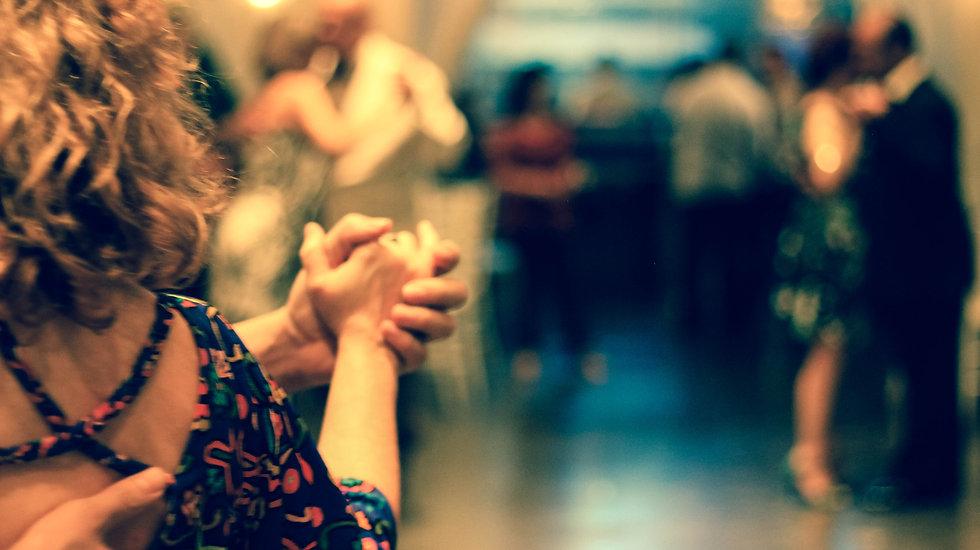 Leer dansen bij DANSEN ENZO