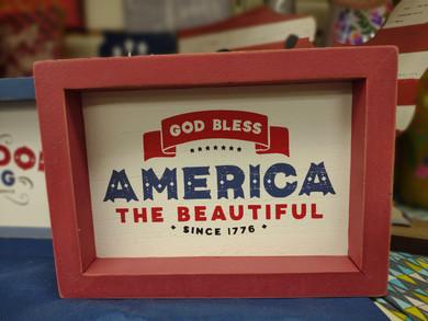 Sign_GodBlessAmerica.jpg