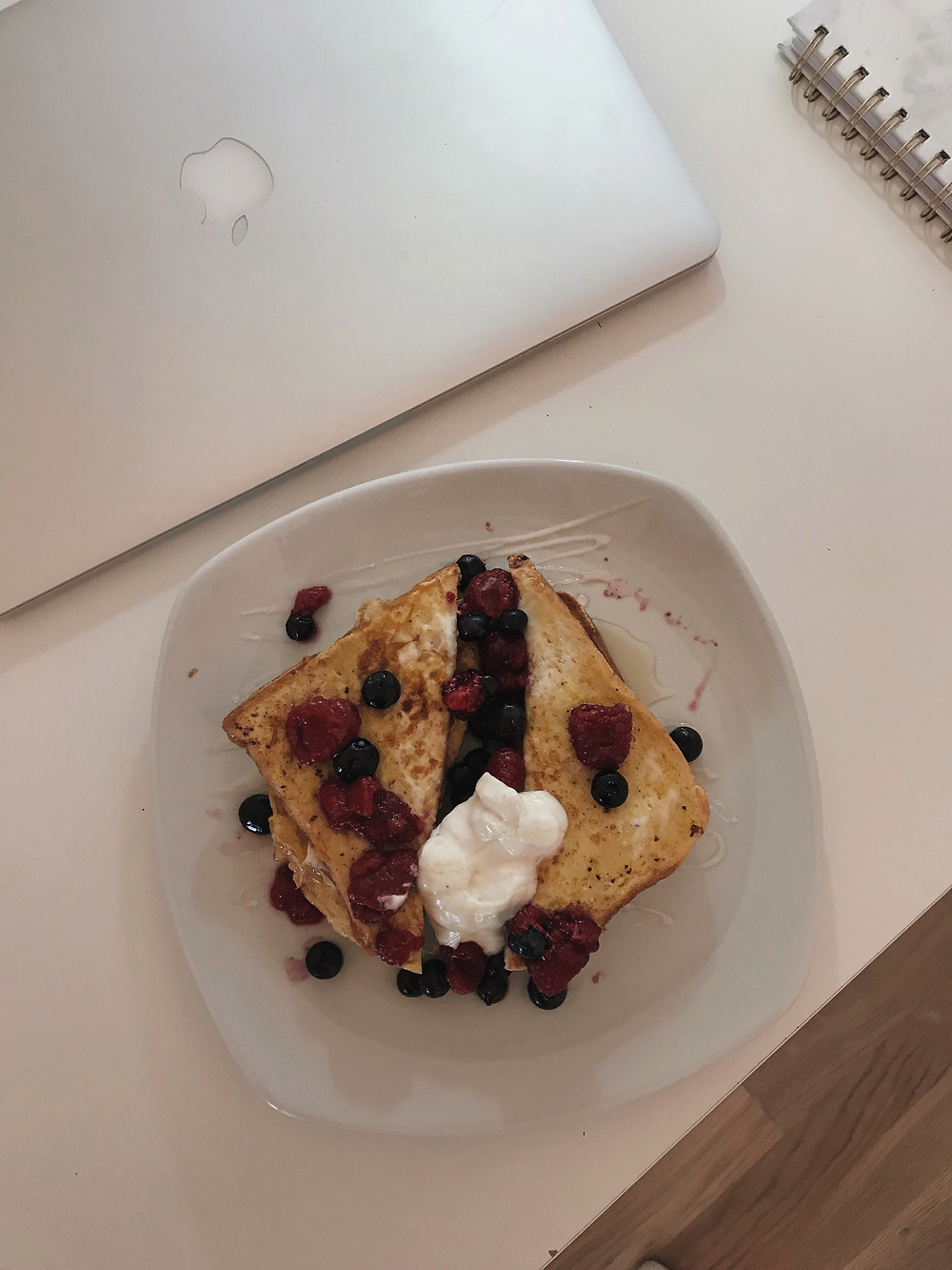 Sam Barnes Lifestyle Summer Berry French Toast