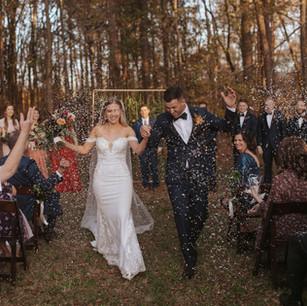 #bride #groom @_nataliesray @trayy11 #weddingvideo @annamcclurestevens #planner @kattywack #barcart @sidebartrailerco #hairandmakeup @looklovebeauty @charisse.holliday #weddingphotography @ericaserranophoto #weddingflowers @jennysprojects #DJ @dowoakevents #eventrentals @ce_rental_charlotte