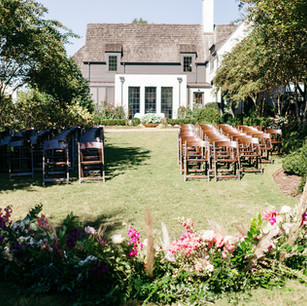 #eventplannerclt @stunningandbrilliantevents #weddingphotography @thehazelclubphoto #weddingcake @stlcake #weddingflowers @newcreationsflowersclt #eventrentals @ce_rental_charlotte #band @righttopartyband
