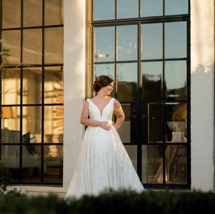 #bridehairandmakeup @lindseyreganthorne #weddingdress @ladiesoflineage #dressalterations @johnemilystudio .