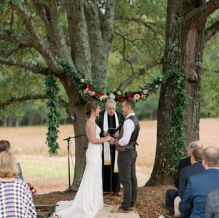 #weddingphotography @jimtricephoto #wifey @lar_loves_life #hubby @drewdhammond . #garden @floriagraphers_ . @burch_mixon1 .