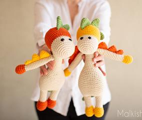 Gili the Dinosaur - FREE Crochet pattern - Skill Level - Intermediate
