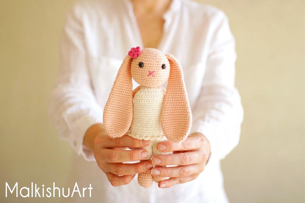 Navit crochet bunny FREE pattern by MalkishuArt 2