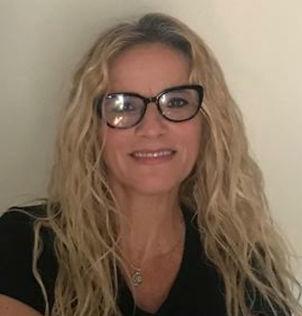 Laura Tablerone.jpg