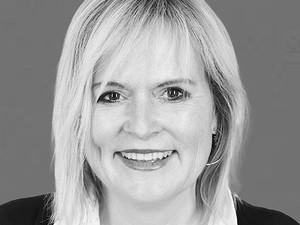 PRESS RELEASE - Regine Guckelsberger ist Head of Sales National bei picturemaxx