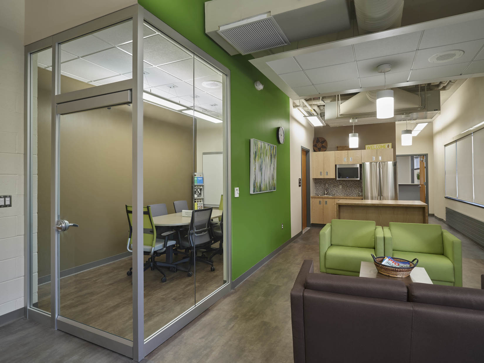 Lounge & Meeting Room