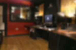 Soundbox Studios, Adam A7X, Apogee Symphony, Vicoustic, Focusrite Red 3