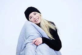 hush-iced-weighted-blanket_3_400x.webp