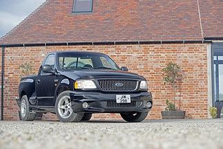 Ford SVT Lightning-07.JPG